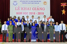 Chủ tịch nước dự khai giảng tại Trường Trung học phổ thông Chu Văn An