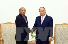 Thủ tướng Nguyễn Xuân Phúc tiếp Bộ trưởng Thương mại Bangladesh