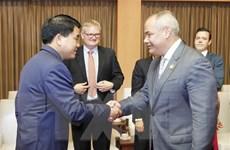 Hà Nội và thành phố Gold Coast, Australia trao đổi cơ hội hợp tác