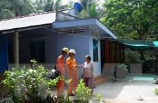 Điện lực miền Nam đầu tư cho vùng lõm chưa có điện