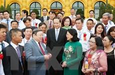 Quyền Chủ tịch nước gặp mặt đại biểu Nông dân Việt Nam xuất sắc