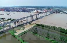 Cầu Bạch Đằng và cao tốc Hạ Long-Hải Phòng vẫn chìm trong bóng tối