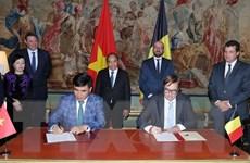 Thủ tướng Nguyễn Xuân Phúc và Thủ tướng Bỉ tham dự họp báo chung