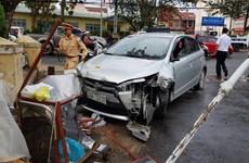 Đà Lạt: Xe ôtô gây tai nạn liên hoàn làm 4 người bị thương