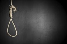 Hà Tĩnh: Mẹ và con trai 18 tháng tử vong trong tư thế treo cổ