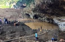 Dồn nhân lực tìm kiếm nạn nhân còn lại vụ sập hầm vàng tại Hòa Bình