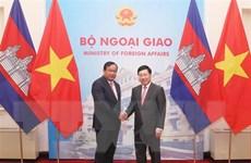 Việt Nam-Campuchia ủng hộ và phối hợp chặt chẽ trong năm 2020