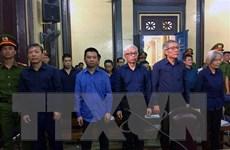 """Xét xử vụ DAB: Trần Phương Bình bị án chung thân, Vũ """"nhôm"""" 17 năm tù"""