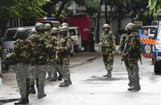 Bạo lực bùng phát trong ngày tổng tuyển cử tại Bangladesh