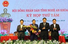 Phê chuẩn nhân sự của tỉnh Nghệ An và thành phố Cần Thơ