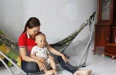 Vĩnh Long: Làm rõ sự việc bé trai 19 tháng tuổi bị bảo mẫu tát