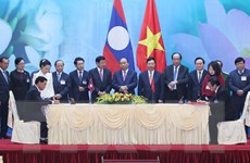 Kỳ họp lần thứ 41 Ủy ban liên Chính phủ Việt Nam-Lào