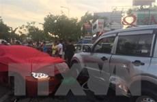 TP.HCM: BMW phóng nhanh mất lái, đâm hàng loạt ôtô và xe máy