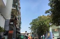 TP.HCM: khẩn trương di dời người dân ra khỏi chung cư bị nghiêng lún