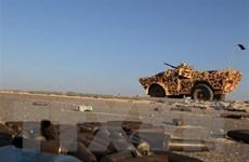Libya: Quân đội miền Đông tấn công cảnh cáo máy bay dân sự