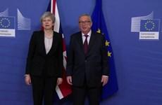Chủ tịch EC và Thủ tướng Anh có cuộc gặp 'mang tính xây dựng'