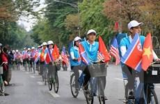 Diễu hành tuyên truyền xây dựng nếp sống người Hà Nội thanh lịch