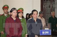 Hòa Bình: 2 phụ nữ lĩnh án 24 năm tù giam vì lừa đảo chạy việc