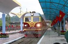 Đoàn tàu hỏa đặc biệt đón Chủ tịch Kim Jong-un đã vào ga Đồng Đăng