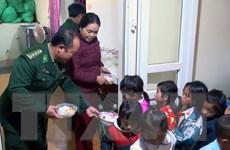 Những bữa sáng ấm lòng cho học sinh nơi vùng cao Lóng Sập