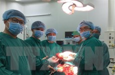Phẫu thuật thành cho bệnh nhân bị công khối u lách gần 3kg