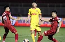 Vòng 3 V-League: Thành phố Hồ Chí Minh tiếp tục gây bất ngờ
