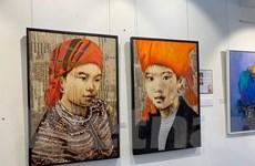 Triển lãm tranh tôn vinh phụ nữ Việt Nam nhân ngày 8/3 tại Singapore