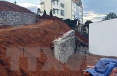 Vĩnh Long: Sập tường công trình đang thi công, 5 người tử vong