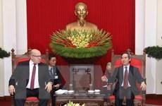 Trưởng ban Kinh tế TW tiếp Bộ trưởng Bộ Kinh tế và Năng lượng Đức