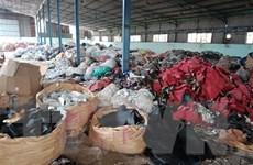 Đồng Nai: Đổ trộm hàng trăm tấn rác thải vào kho của người khác