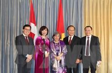 Gặp gỡ cộng đồng người Việt Nam tại Thụy Sĩ nhân dịp Giỗ Tổ