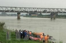 Bắc Ninh: Phát hiện thi thể nữ sinh tại nhảy cầu tự tử tại cầu Hồ