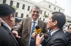 Cựu Tổng thống Peru A. Garcia tự sát trong khi bị điều tra