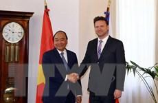 Thủ tướng Nguyễn Xuân Phúc gặp Chủ tịch Hạ viện Cộng hòa Séc