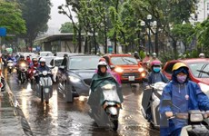 Nhiều khu vực có mưa to, đề phòng lốc, sét, mưa đá và gió giật mạnh