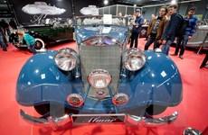 Ngắm nhìn những mẫu xe cổ độc đáo tại triển lãm Warsaw