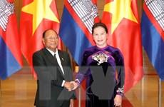 Chủ tịch Quốc hội đón, hội đàm với Chủ tịch Quốc hội Campuchia