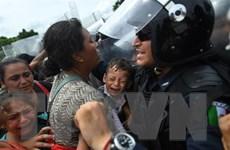 Hãng hàng không Mexico bán vé 1 USD cho người nhập cư hồi hương