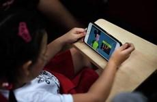 YouTube trước áp lực bảo vệ những người dùng trẻ tuổi