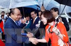 Hình ảnh Thủ tướng Nguyễn Xuân Phúc đến sân bay Nhật Bản