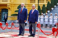 Hình ảnh Thủ tướng Nguyễn Xuân Phúc chủ trì Lễ đón Thủ tướng Armenia