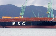 Samsung Heavy xuất xưởng tàu container lớn nhất thế giới