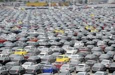 Doanh số bán xe tại Trung Quốc tiếp tục đà giảm trong một năm qua