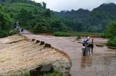 Mưa lớn kéo dài gây ách tắc nhiều tuyến đường tại Lai Châu