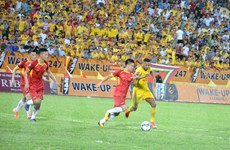 Đánh bại SLNA, Nam Định tạm leo lên thứ 6 trên bảng xếp hạng V-League