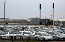 Hãng ôtô PSA đe dọa đóng cửa một nhà máy tại Anh