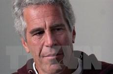 Tỷ phú Jeffrey Epstein tự tử trong tù sau bê bối mại dâm trẻ em