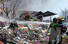 Khống chế đám cháy lớn tại xưởng sơ chế phế liệu ở Thái Bình