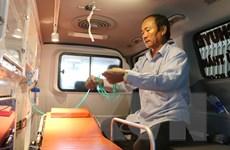 Tỷ phú nông dân mua 2 xe cấp cứu vận chuyển miễn phí cho người nghèo