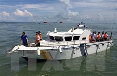 Cảnh sát biển cùng ngư dân Cô Tô vươn khơi, bám biển